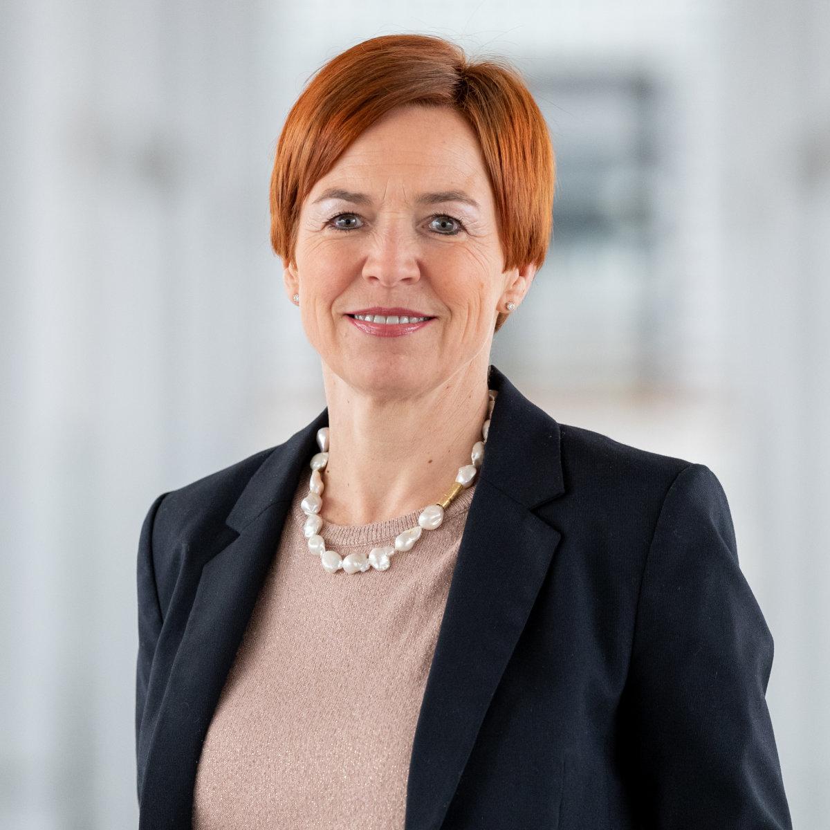 Angelika Mayr